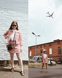 Elaine Hennings - Fossil Bag, Birkenstock Sandals, Topshop Jacket, Topshop Skirt, H&M Sunglasses - Out of your Comfort Zone