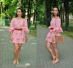 Natalia Uliasz - Earrings, Reserved Off The Shoulder Dress, Dresslily Belt, Zara Beach Bag, H&M Golden Sandals - Off the shoulders dress