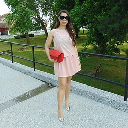 Jelena -  - Pink and red