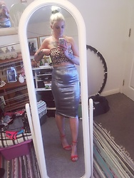 Syla Sassowna - H&M Metallic Skirt, Topshop Leopard Bandeau, H&M Sandals - Naughty For Tonight