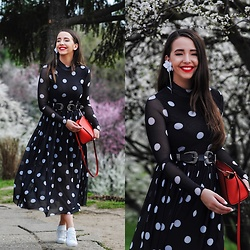 Manuella Lupascu - Nakd Dress - DOTS