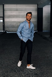 Kevin Elezaj - Common Projects Sneakers, Hugo Boss Suit Pants, Hugo Boss Shirt - Classy