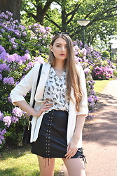 Paulina Kędzierska - Leather Skirt, White Blazer, White Cat Shirt - Cat lover