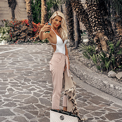 Vera Hutterer - Calzedonia White Swimsuit, Asos Pink Pants, Guess Shopper - Riviera Look | la-blonde.com