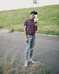 Effendy Sigit - Zara Caps, Uniqlo Strip T Shirt, H&M Jeans, Converse Sneakers - Summer fragrance
