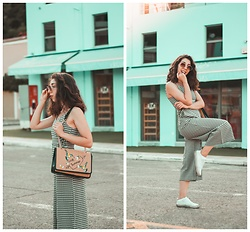 Theoni Argyropoulou - Goo.Gl/Ckoj5o Jumpsuit, H&M Sneakers, Straw Bag - Gingham Jumpsuit on somethingvogue.com