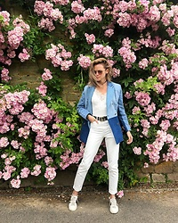 Anastasiia Masiutkina - Ksenia Schnaider Denim Blazer, Topshop Top, Gucci Sneakers, Prada Sunglasses - Denim and pink
