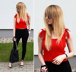 Diane Fashion -  - Black and red | NA-KD