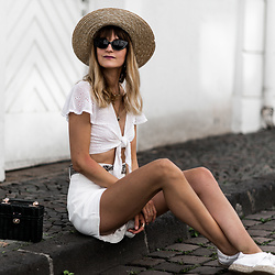 Catherine V. - H&M Hat, Bershka Front Knot Top, Suncoo High Waisted Short, Sacha Sneakers Espadrilles, Zara Straw Bag, Asos Mini Cat Eyes Sunglasses - SUMMER BASIC : THE ALL WHITE LOOK