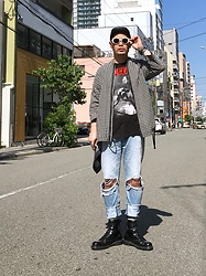★masaki★ - Saint Laurent Sunglasses, Ch. Shirts Jacket, The Clash London Calling, Neuwdenim Studio Rilaxed, Dr. Martens Allblack 8hole - London Calling
