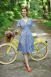 Bleu Avenue Ofbleuavenue - Karinadresses Megan Dress In Navy And White Gingham - Blueberry Gingham