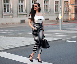 Gilda - Bershka Crop Top Body, Stradivarius High Waist Pants, Mango High Heels Sandals, Asos Shopper Bag, Mvmt Sunglasses - Elegant Black and White Zebra Outfit