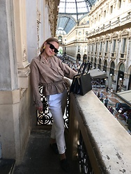 Anna Borisovna - Zara Jacket, Massimo Dutti Pants, Zara Bag, Céline Sunglasses - The Linen Jacket