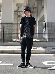 ★masaki★ - New York Hat, Joydivision Unknown Pleasures, Ch. Jogger, Converse Prime - Allblack everything