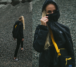Christa Könönen - The North Face Jacket, Junkyard Xx Xy Bag, Vans Shoes - 2906 ig @chsnafu