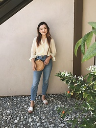 Haley D. - Salvation Army Thrifted Blouse, Asos Jeans, Dolce Vita Sandals, Straw Bag - Yellow.
