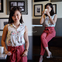 L Z - H&M Rose Print Top, Zara Paperbag Pants, Marciano Taupe Suede Pumps - Rose Oolong Milk Tea