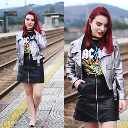Carina Gonçalves - Zaful Leather Jacket, Pull & Bear T Shirt, Zaful Skirt, Zara Heels - Forget the hearse 'cause I never die I got nine lives Cat's