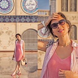 Natasha Karpova - Zaful Straw Bag, H&M Pink Mules, H&M Knitted Dress, Ralph Lauren Shirt Dress, Asos Scarf, Casio Watch, No Brand Sunglasses - GOLD SOUQ