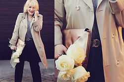 Anca Varsandan - Zara Clutch, Levi's® Jeans, Gucci Belt, Christian Dior Necklace - White Roses