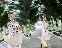 Olga Choi - Floral Dress - How to choose floral dress this summer