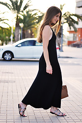 Lara Siles - Stradivarius Dress - BLACK EFFECT