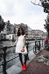 M U T Z I I -  - Amsterdam, the city of freedom + beauty. whos with me? ♥︎