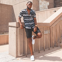 Justin Price - H&M Short Sleeved Shirt, Forever 21 Washed Black Denim Shorts, Sekonda Gold Watch, Asos Gold Ring W/ Cross, Vans White Slip On - For the love of the city