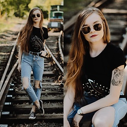 Karolina N. - Zaful Pants, Zaful Sunglasses, Killstar Hexellent Waist Bag, New Yorker T Shirt - CASUAL THURSDAY