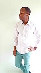 Thomas G - Aeropostale Button Down Casual Shirt, Levi's® 510 Strauss & Co, Choker, Contributing Writer & Photographer At Yelp, Contributing Writer At Virily - Aeropostale + Levis