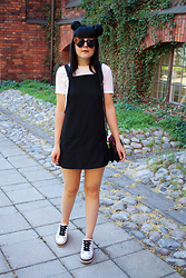 Panda . - Ivyrevel Sunglasses, Bikbok Dress, Mango Bag, Zara Shoes - POP