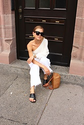 Anna Borisovna - Céline Sunglasses, Mango Top, Zara Pants, Other Stories Shoes, Mango Bag - White and Beige