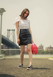 Sami Mauskopf - Pixie Market Flutter Sleeves Top, Asos Patent Skirt, Sun Jellies Vintage Basket Bag, Vans Old Skool, Amazon Skinny Sunglasses - Puffed Sleeves