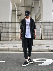 ★masaki★ - Kollaps Electronica, H&M Studio Open Collar Shirts, Ch. Trousers, Converse Prime, New Order Tee - Black & white