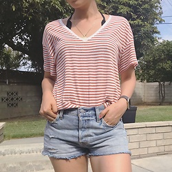 Nina - Forever 21 Striped Oversized T Shirt, Levi's® Levi'S 501 Denim Shorts - Everyday casual