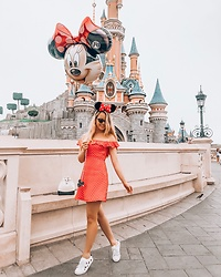 Caroline Louis -  - Disney Love