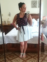 Maria Elena - Jennyfer Flowered Shirt, Tally Weijl White Skirt, Bata Jewelry Sandals - Black, White & Flowers