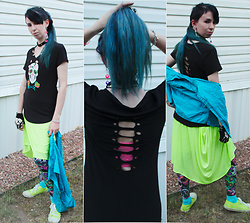 Wolf-Isa - No Boundaries Skull Shirt (Hand Altered), Wal Mart Green Infinity Scarff, Wal Mart Skull Leggings, Wal Mart Green Sneakers, Dollar Tree Skeleton Gloves, Victoria's Secret Pink Bra, Goodwill Blue Vest - Neon Death