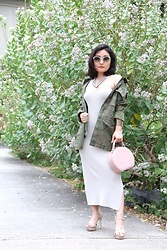 "Kristen Tanabe - Leith Sweater Dress, Topshop Camo ""Shacket"", Steve Madden Nude Platfrom Heels, T.J. Maxx Structured Round Purse, Baublebar Statement Necklace, Miu Green Sunglasses - Among the Crown Flowers"