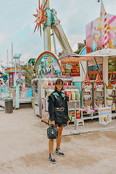 Laugh of Artist - Diesel Blouse, Diesel Backpack, Vans Shoes, Chanel Belt, Jimmy Fairly Glasses - Tuileries