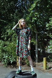 Kelly Doll - Monki Psychedelic Dress, Underground Green Velvet Creepers, Monki Avocado Socks - Luna lena