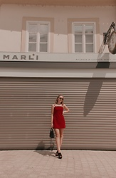 Paula Avalon - Pull & Bear Red Dress - Red in the sun