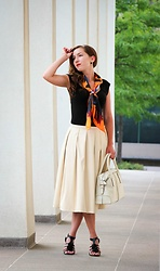 Lindsey Puls - Blaque Label Skirt, Demon Tz Silk Scarf - IfChic
