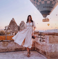 Viktoriya Sener - Chic Wish Dress - BALOON