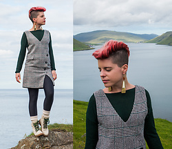 Carolyn W - H&M Evergreen, Vipshop Plaid, Black Milk Clothing Matte, The Frye Company Warm - Plaid in the Faroe Islands