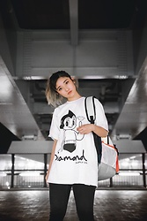 Chiemi Ito - Diamond Supply T Shirt, Diamond Supply Bag - Astro Girl