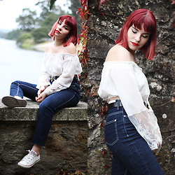 Carina Gonçalves - Rosegal Blouse, Mango Jeans, Converse Sneakers - On the Sunday morning, music real loud