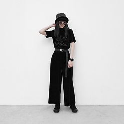 Michelle K - Asos Leather Bucket Hat, Adidas Originals Velvet Crop Tee, Uniqlo Velvour Flare Pants, Gu Buckle Belt, Drkshdw Black Hi Top Sneakers - Velveteen