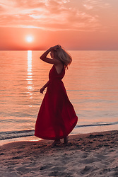 Madara L - H&M Red Maxi Dress - The most magical sunset