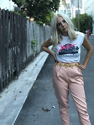 Christine Bourie - Total Recall Vintage John Cougar Mellencamp Tank, Missguided Pink Trousers - Grandma's Belt